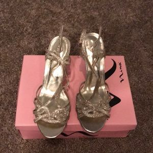 Nina gold strapped sandals. Worn once!